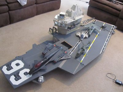 Gi-joe-uss-flagg-aircraft-carrier-dragonfly-shark_230609176421